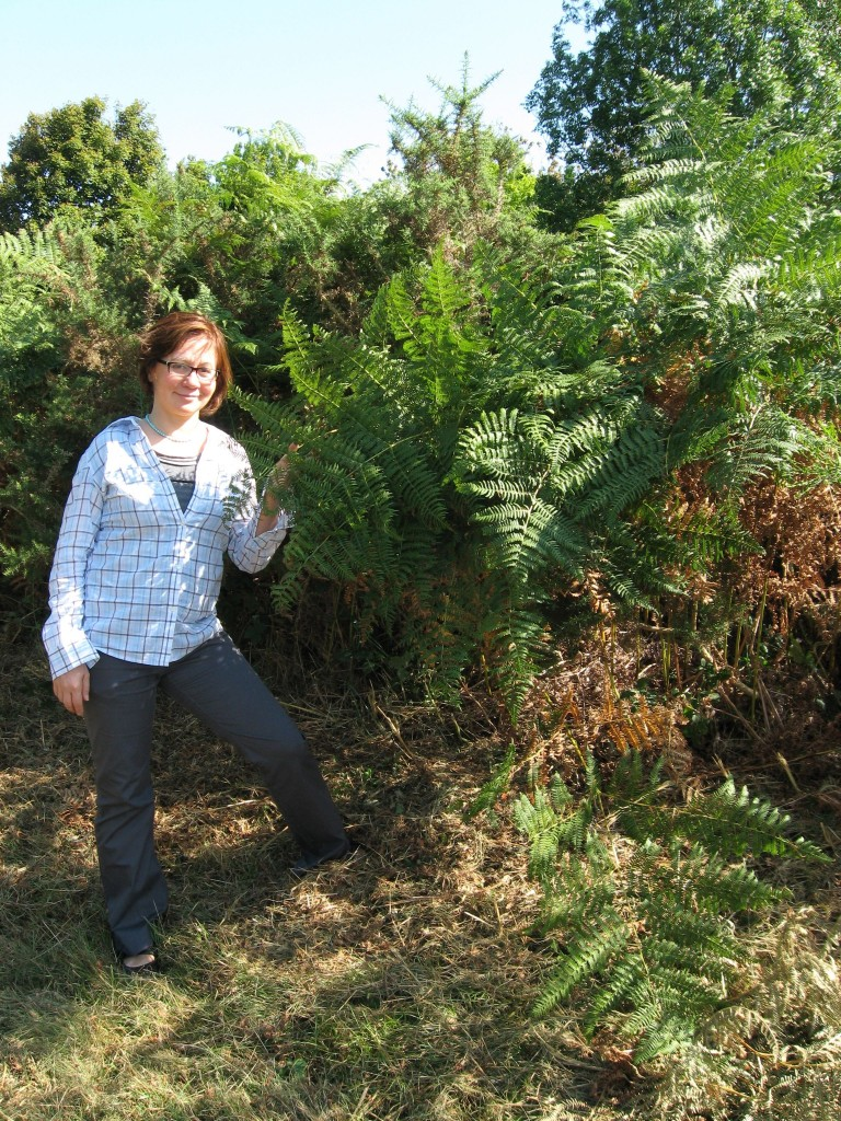 Isabelle Dijols with ferns, Les Martys, France