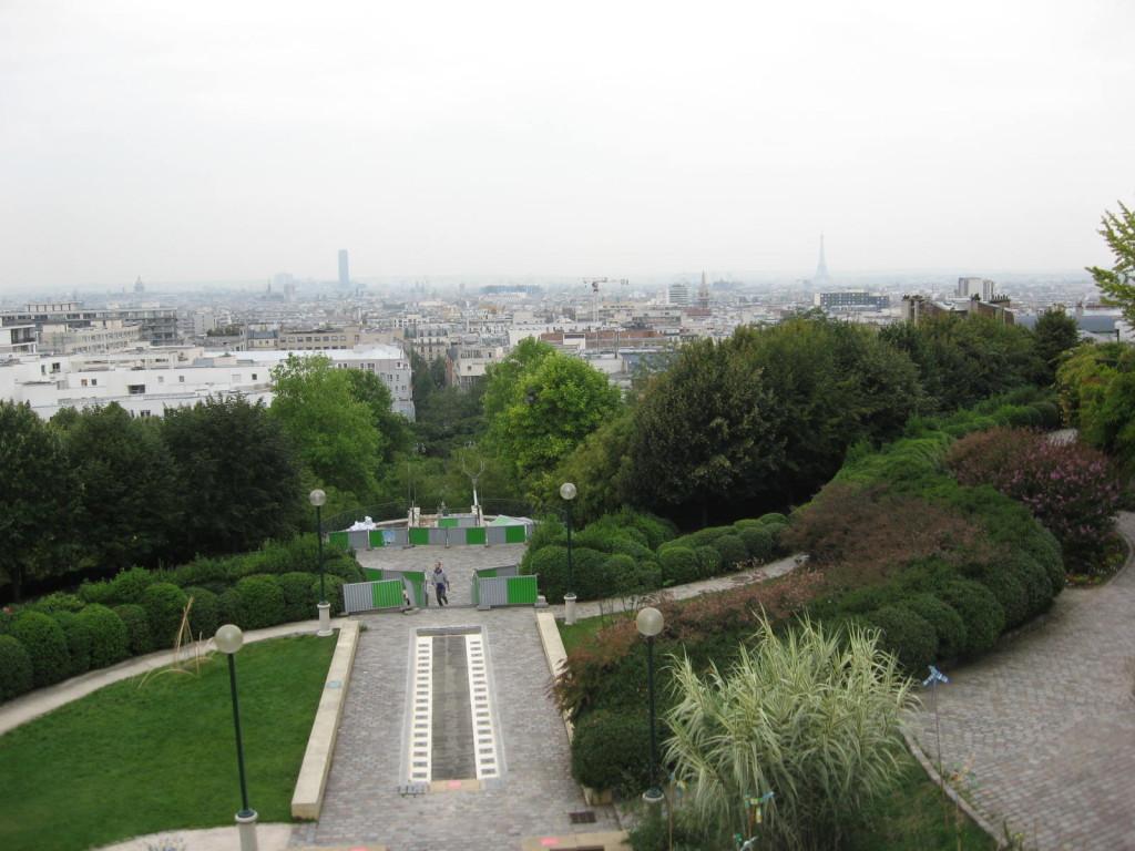 Belle Ville, Paris Gardens,www.thesanguineroot.com
